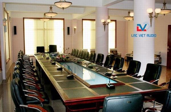 Lắp đặt âm thanh phòng họp, hội nghị, hội thảo chuẩn Quốc tế