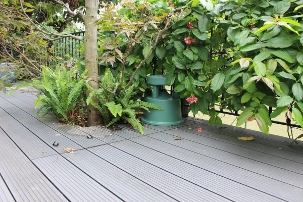Loa Bose sân vườn có nhiều ưu điểm vượt trội