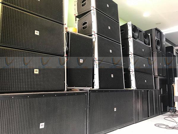 Loa array 4 tấc thường dùng cho các hệ thống ngoài trời