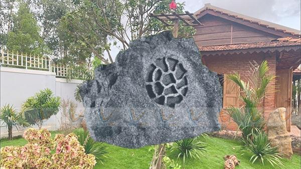 Loa sân vườn OBT 1805i có thiết kế độc đáo