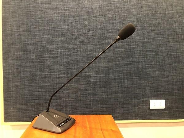 Mua micro hội thảo chính hãng giá tốt tại Lạc Việt Audio