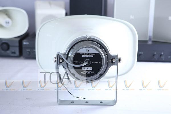 Loa TOA SC651 tương thích tốt với các dòng amply thông báo